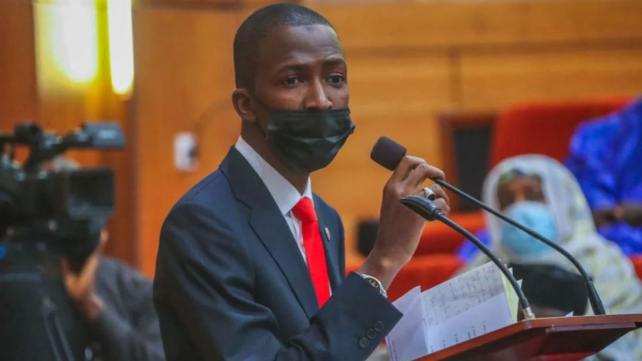 Asset Declaration: EFCC Issues Final Warning To 120 Bank MDs, Top Executives