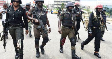 nigeria anti riot police