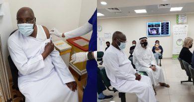 Atiku receiving a COVID 19 vaccine jab