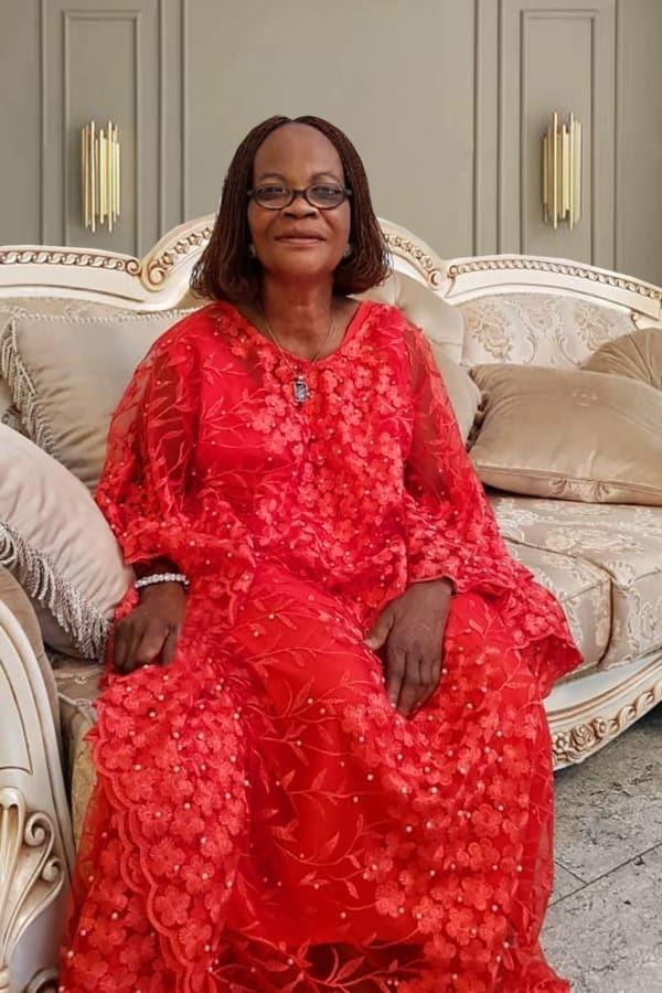 Obi Cubana mother